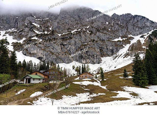 Germany, Bavaria, Benediktbeuern, Tutzinger Hütte in the Bavarian Prealps