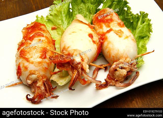 calamari with tomatoes