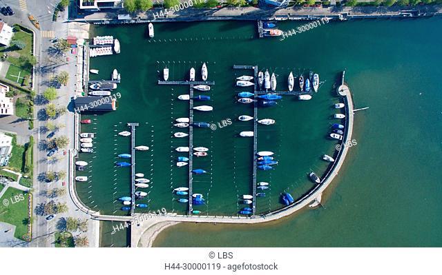 Luftaufnahme der Gemeinde Arbon mit Hafen