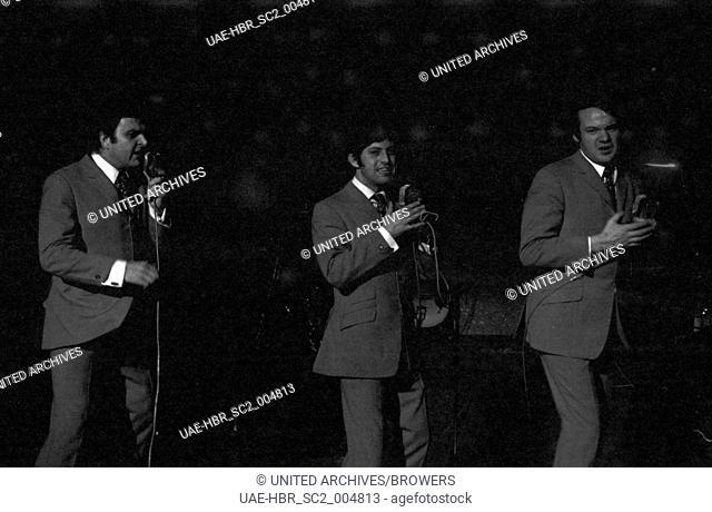 Das Sextett um den deutschen Bandleader Jochen Brauer, Deutschland 1960er Jahre. The sextet of German band leader Jochen Brauer, Germany 1960s