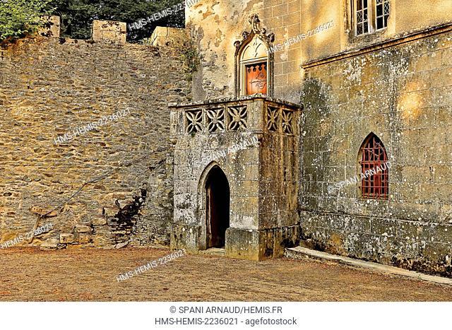 France, Aveyron, Parc Naturel Regional des Grands Causses (Natural regional park of Grands Causses), the castle of Vezins Court