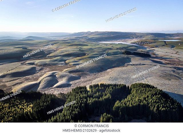 France, Puy de Dome, La Godivelle, Parc Naturel Regional des Volcans d'Auvergne (Natural regional park of Volcans d'Auvergne), Cezallier (aerial view)