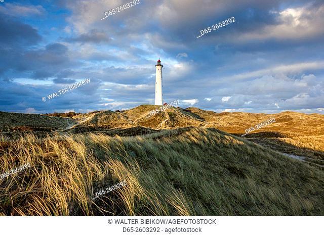 Denmark, Jutland, Danish Riviera, Hvide Sande, Lyngvig Fyr Lighthouse, dusk