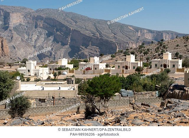Residential houses at Jebel Shams in the Al Hajar Mountains near Wadi Ghul, Oman, on 02.10.2017. | usage worldwide. - Wadi Ghul/Ad-Dachiliyya/Oman