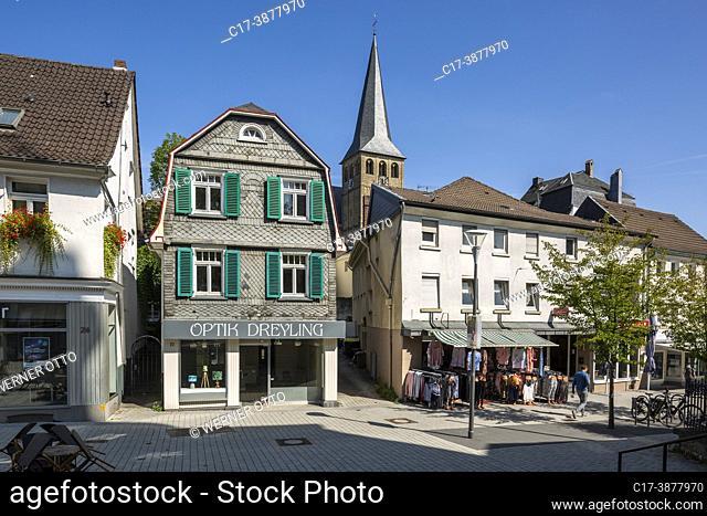 Mettmann, Germany, Mettmann, Bergisches Land, Niederbergisches Land, Niederberg, Rhineland, North Rhine-Westphalia, NRW, residential buildings and business...