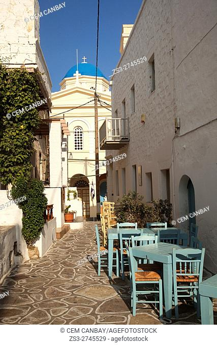 View to the Cathedral of Panaghia Odigitria in the old town Chora or Chorio, Kimolos, Cyclades Islands, Greek Islands, Greece, Europe
