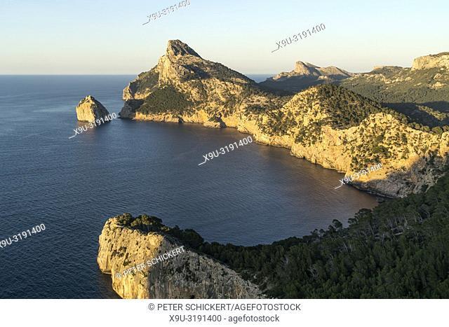 Bergige Landschaft am Cap Formentor, Mallorca, Balearen, Spanien | Mountainous landscape of Cap de Formentor, Majorca, Balearic Islands, Spain,