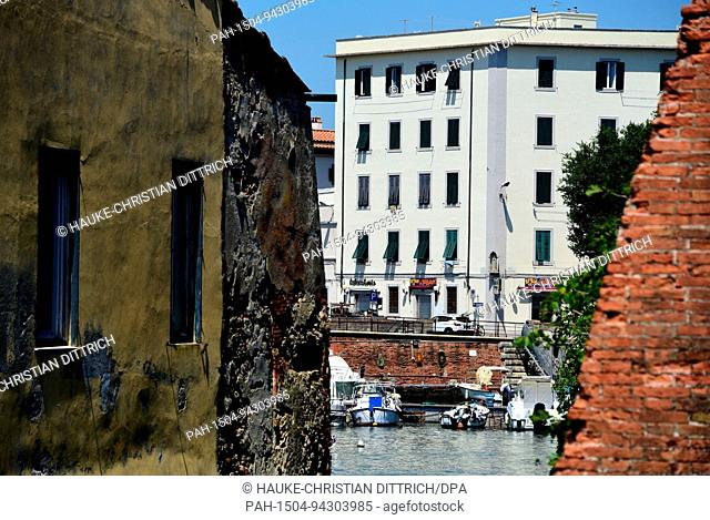 Motorboats in a canal of Venezia Nuova in Livorno (Italy), 19 July 2017. | usage worldwide. - Livorno/Toskana/Italy