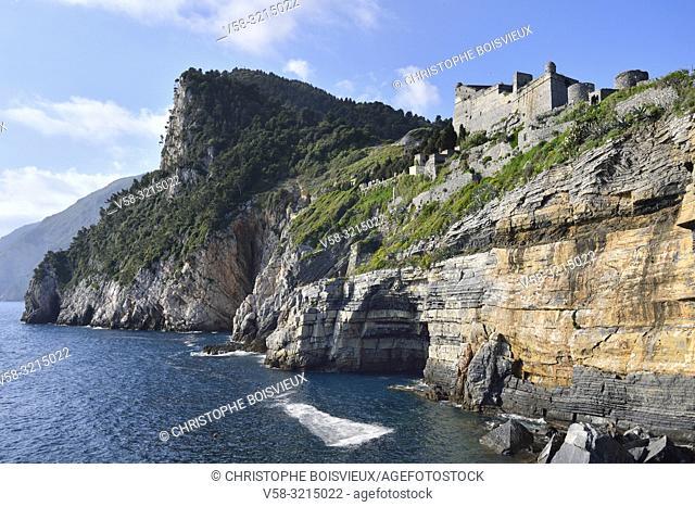 Italy, Liguria, World Heritage Site, Porto Venere, Byron's grotto and Doria castle