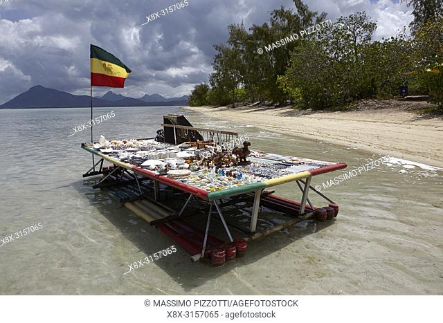 Floating shopping bench in Ile aux Benitiers, Mauritius