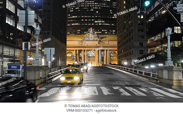Cars entering and exiting Pershing Square bridge, Grand Central Terminal, East Side of New York City