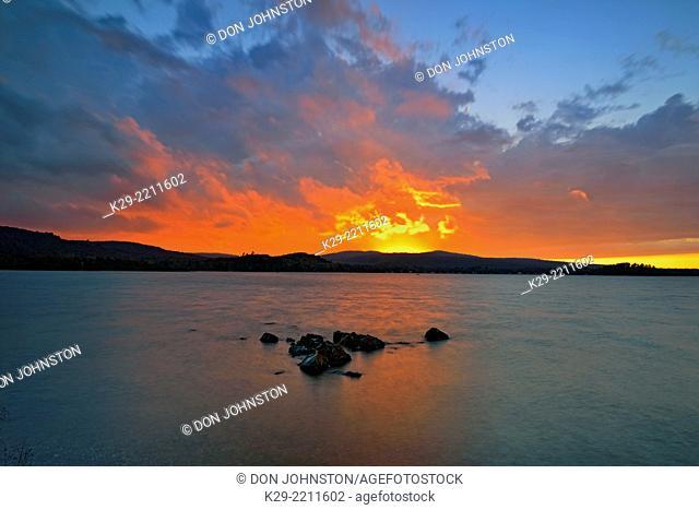 Sunset over Haviland Bay, Lake Superior, Haviland Shores, Ontario, Canada