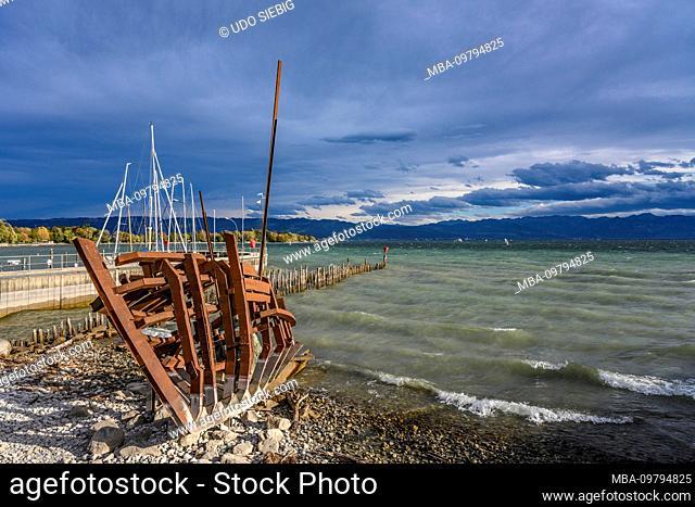 Germany, Bavaria, Swabia, Lake Constance, Wasserburg, Lake Constance shore, shipwreck artwork Styx by Günther reassuring