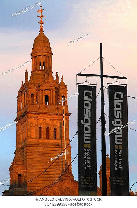Sundown on City Chambers, George Square, Glasgow, Scotland
