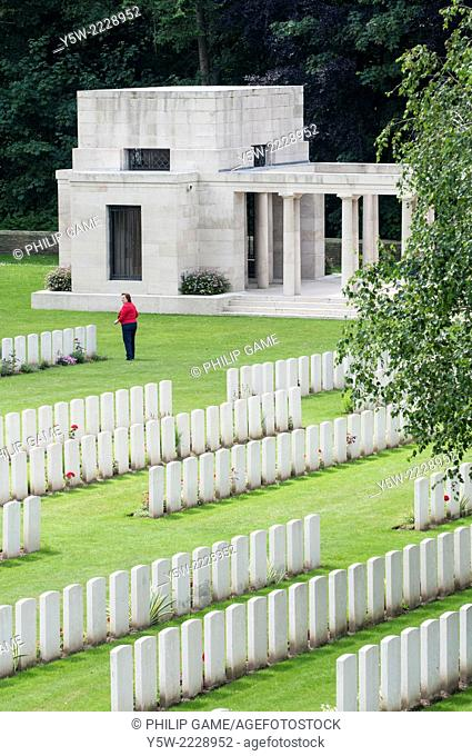 """New Zealand Memorial at Buttes New British Cemetery, Polygon Wood, in the """"""""Flanders Fields"""""""" near Ypres (Ieper), West Flanders, Belgium"""