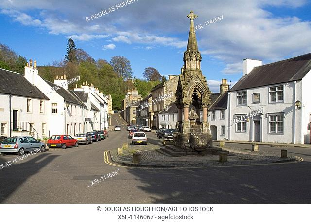 DUNKELD PERTHSHIRE Victorian Atholl memorial fountain in town square