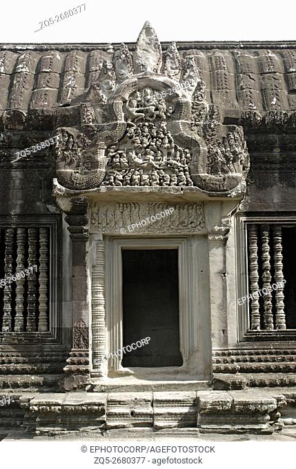 Cambodia, Angkor Wat 12th century A. D. Shukanasikas, Connecting Galleries on the southern side