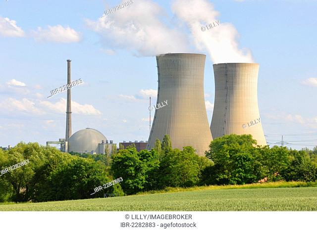 Cooling towers of Grafenrheinfeld nuclear power plant operated by E.ON, near Schweinfurt, Lower Franconia, Bavaria, Germany, Europe
