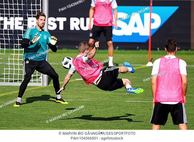 Timo Werner (Germany) with a side thrower versus goalkeeper Kevin Trapp (Germany). GES / Football / Preparation for the 2018 World Cup: Training of the German...