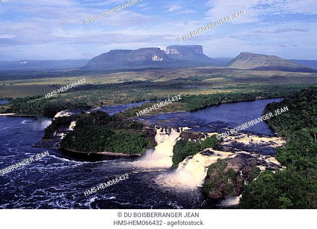 Venezuela, Guayana region, Canaima, Falls Sapo, air sight