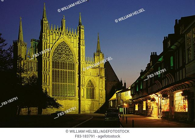 Cathedral (Minster) of St. Peter, the largest Gothic church in England, built between the 13th and the 15th century. York. England
