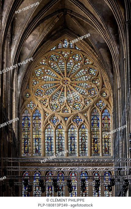 14th century rose window in the French Gothic Cathedral of Saint Stephen of Metz / Cathédrale Saint-Étienne de Metz, Moselle, Lorraine, France