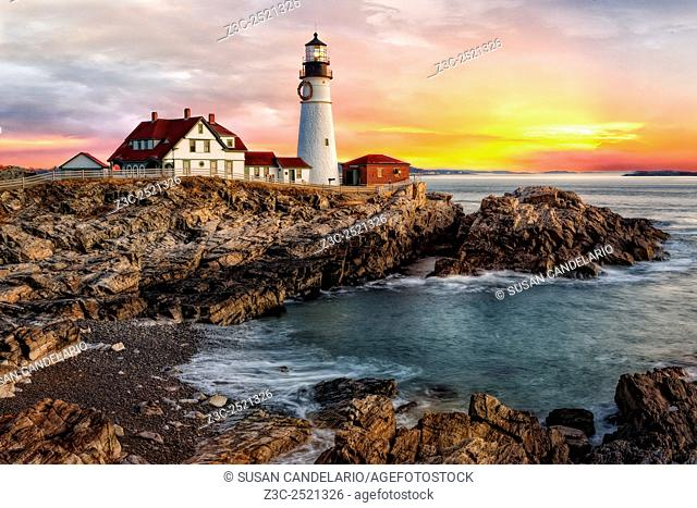 Portland Lighthouse Sunrise - The sun rises in Portland Head Lighthouse in Portland, Maine