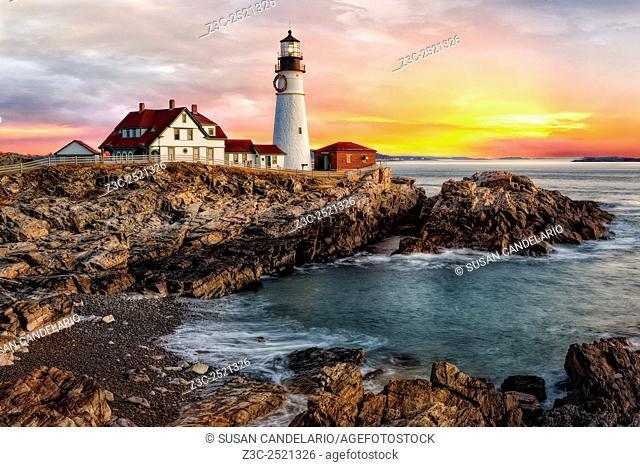 Portland Lighthouse Sunrise - The sun rises in Portland Head Lighthouse in Portland, Maine