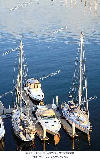 Boats in marina, Coal Harbour, Vancouver, British Columbia
