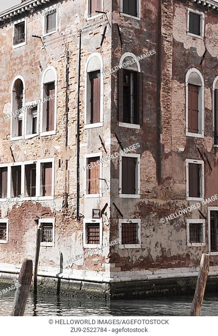 Traditional Venetian architecture, Cannaregio, Venice, Veneto, Italy, Europe
