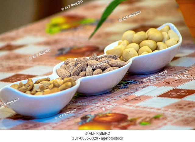 Nuts, almonds, macadamia nuts, served, candle Cinema, Cinesesc, São Paulo, Brazil
