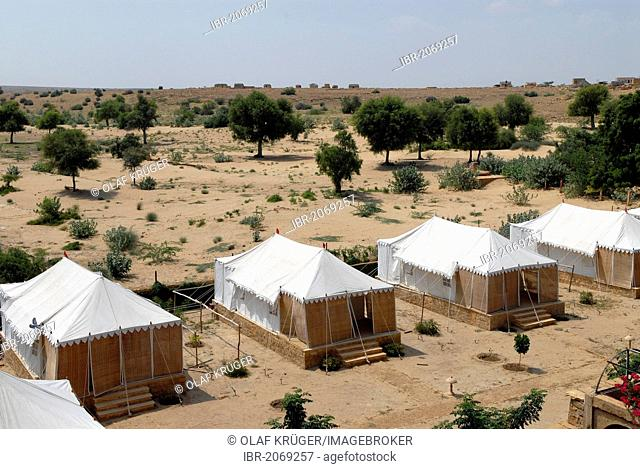 Tents of the Royal Jodhpur Camp in Mool Sagar, heritage hotel and pleasure gardens of the Maharajas of Jodhpur near Jaisalmer, Thar Desert, Rajasthan