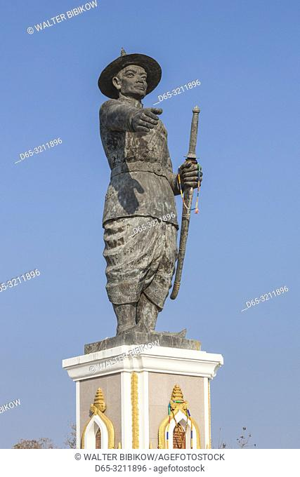 Laos, Vientiane, Mekong Riverfront, statue of former Laotian King Chao Anouvong