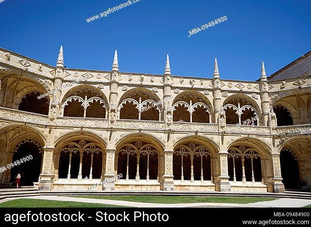Europe, Portugal, Lisbon region, Lisbon, Jeronimos Monastery, courtyard, cloister