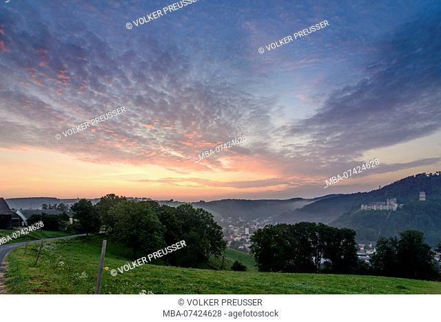 Kirchschlag in der Buckligen Welt, view to Kirchschlag and castle, Wiener Alpen (Vienna Alps), Lower Austria, Austria