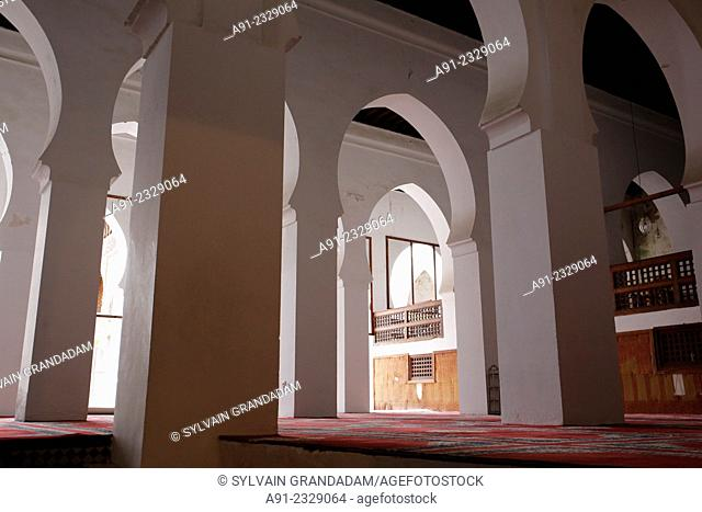 North Africa, Morocco, City of Fez Fes, Medina, famous al-Qarawiyyin or al-Karaouine mosque and university