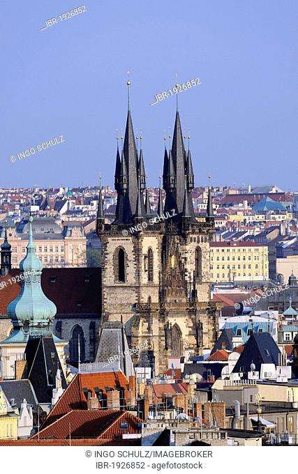 Tyn Church, Old Town Square, Old Town, historic district of Prague, Bohemia, Czech Republic, Europe