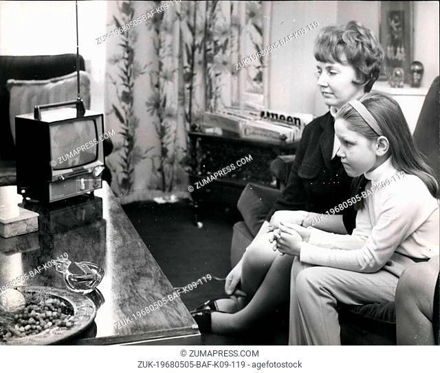 May 05, 1968 - Wife of leader of heart transplant team at home. Photo shows Mrs. Dorothy Ross, wife of Mr. Donald Ross, the 45 year old South African Surgeon...