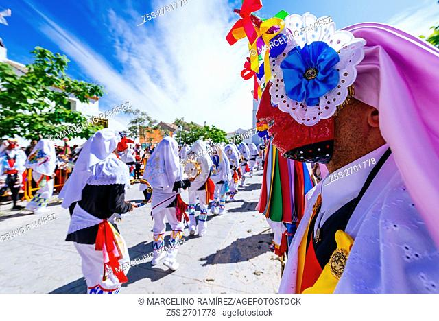 Pecados and Danzantes de Camuñas, sins and dancers, is a declared national tourist interest, on Thursday Corpus Christi in the municipality of Camuñas, Toledo