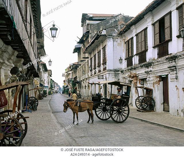 Calesas, horse drawn carriages. Mestizo District. Vigan. Nothen Luzon. Philippines