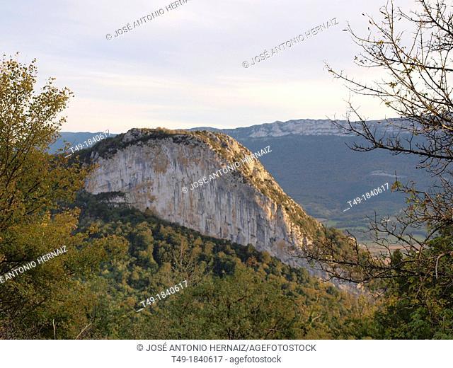 san miguel de aralar in navarre and its landscape