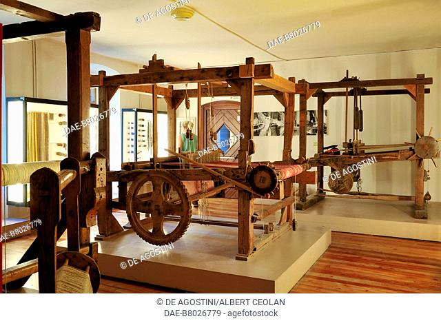 Hand loom weavers, Ethnographic Museum, San Michele all'Adige, Trentino-Alto Adige, Italy. San Michele All'Adige...