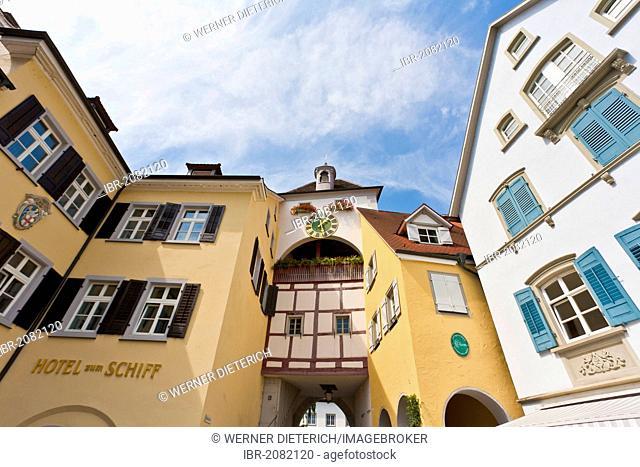 Hotel zum Schiff', Unterstadttor town gate, Unterstadt district, Meersburg, Lake Constance, Baden-Wuerttemberg, Germany, Europe