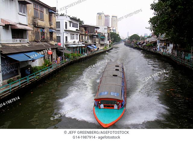 Thailand, Bangkok, Pom Prap Sattru Phai, Mahanak Canal, Worachak Road, water taxi, ferry, express boat