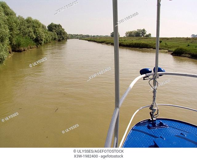 europe, romania, dobrugia, delta of the danube river, tulcea, river navigation