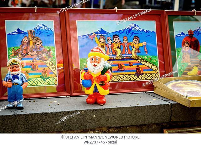 Armenia, Yerevan, Kentron, Santa Claus in front of the silly Ararat backdrop