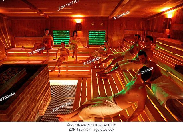 Gemischt sauna Die Sauna