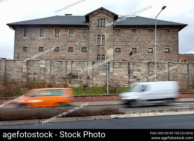30 January 2020, Thuringia, Suhl: A high wall surrounds the former remand prison of the Ministry for State Security (MfS) in the GDR