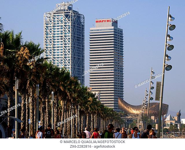 Hotel Arts and Mapfre Tower seen from Olympyc Harbour promenade. Barcelona, Catalonia, Spain