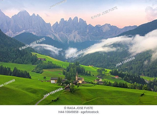 Italy, Europe, St. Magdalena church, travel, Trentino-Alto Adige, South Tyrol, South Tirol, Dolomites, Alps, village